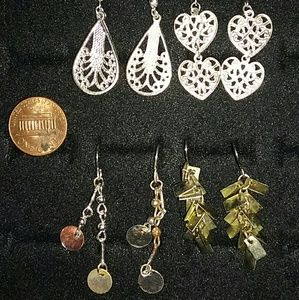 4 hanging earrings 10$ for all
